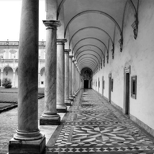 Certosa di San Martino, chiostro grande