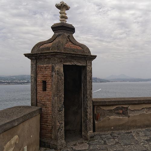 Garitta di guardia Castello di Baia