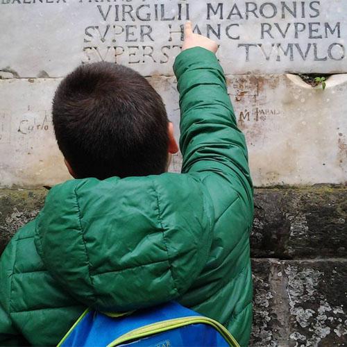 virgilio-a-mani-e-vulcani-kids