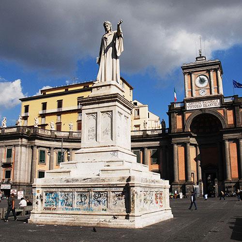 piazza-dante-01